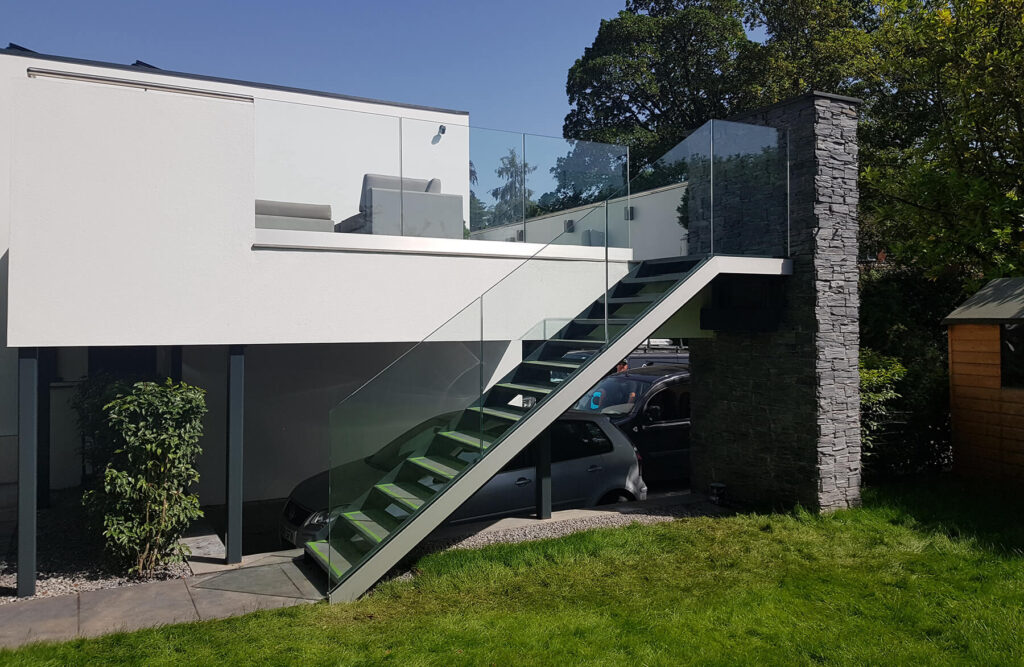 QBuild Modern Glass Balustrade & external staircase build in Exeter