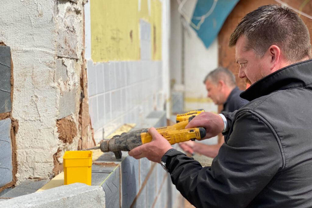 Qbuild & Balustrades building & home improvement extension services Exeter, Devon